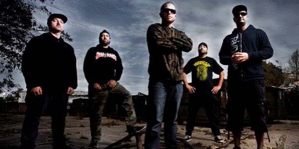 HATEBREED � premiere 'Honor Never Dies' music video